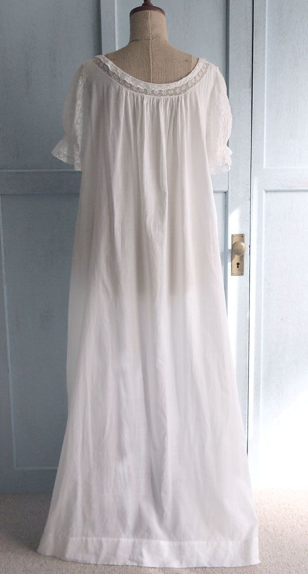 Nightgown back