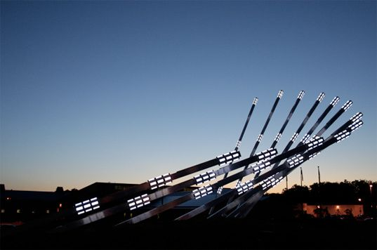Gorbet Design solar collector, Gorbet Design solar sculpture, Gorbet Design Canada, solar sculpture Cananda, renewable energy, eco-art, environmental art, Waterloo Regional Operations Centre, Waterloo Regional Operations Centre solar sculpture, Waterloo Regional Operations Centre solar light, solarcollector5