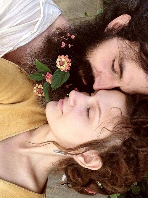 How beautiful...he has lantana flowers in his beard!