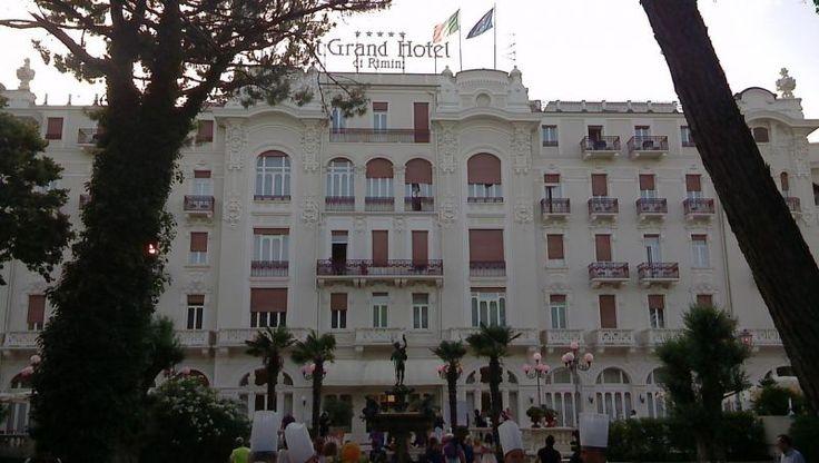 Sui avvicina la Notte Rosa al Grand Hotel Rimini