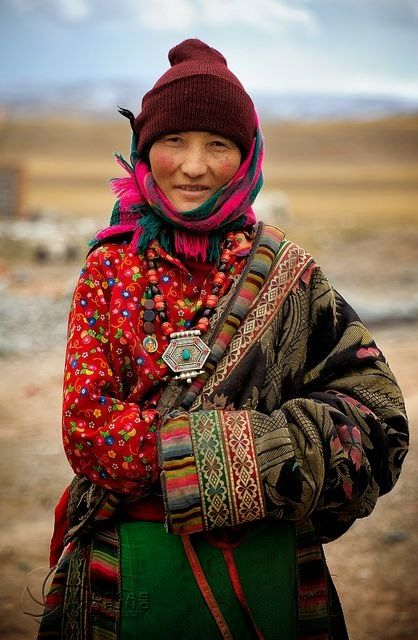 LOCATION: TIBET / Wrapped Up