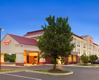 Hampton Inn Quakertown Hotel, PA - Hotel Exterior