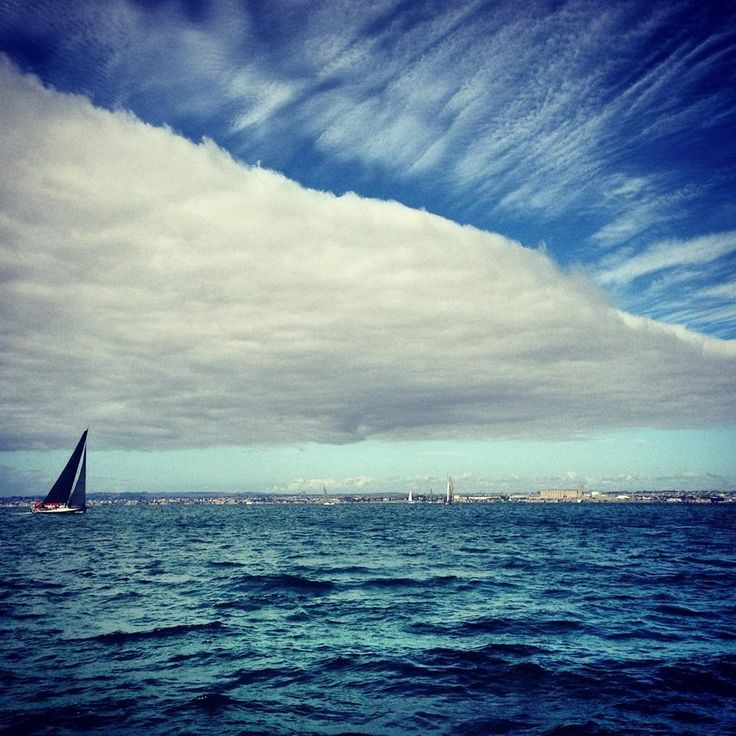 Seriously INSANE skies over Geelong, Victoria.