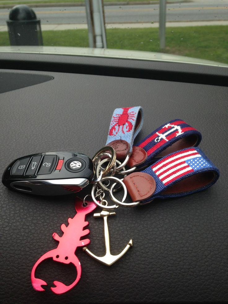 Can I have the American flag keyfob from Smathers & Branson please?