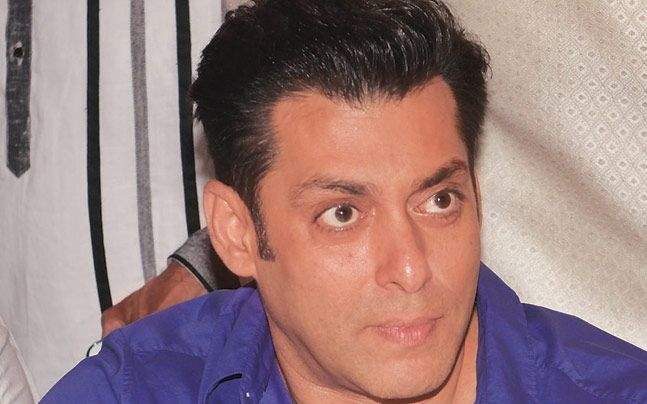 Exotic way: Salman Khan  Get slap of  250 cr by Veer  producer...