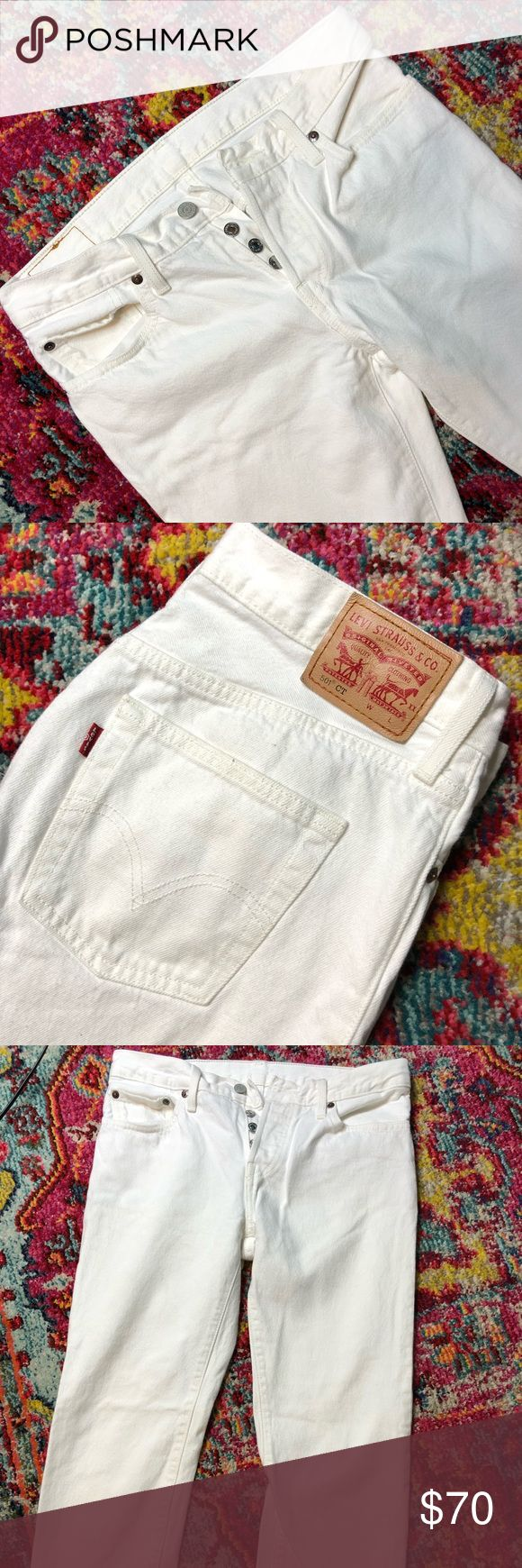 Levi's Jeans 501 CT ~ ViNtage Look Levis 501 CT - Vintage Look Levis Jeans   White Vintage Hipster Regular Denim Jeans  Button Fly Vintage Levis Denim Pants  Straight leg-Tapered  Size- W26 S40197 -Worn x2  -Like NEW!!!! Levi's Jeans Straight Leg