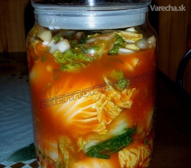 Za recept ďakujem @sjuz a @2010...toto je taká light verzia kórejskej nakladanej kapusty...pre Európu...
