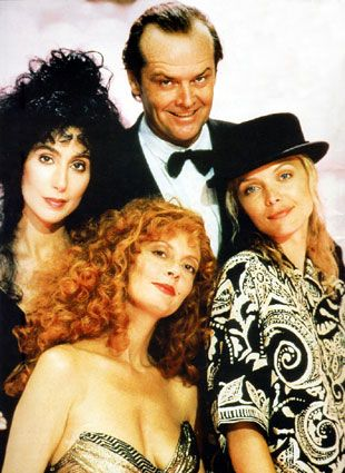 The witches of Easwick (1987)  Jack Nicholson,Cher,Susan Sarandon and Michelle Pfeiffer - Awesome flic  How did I not know this existed