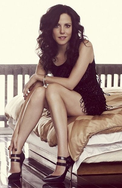 Mary Louise Parker aka Nancy Botwin. Love her!