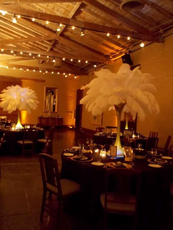 FEATHERS!! Savannah Station, Inc.   Banquet Hall Savannah. BankettGefieder