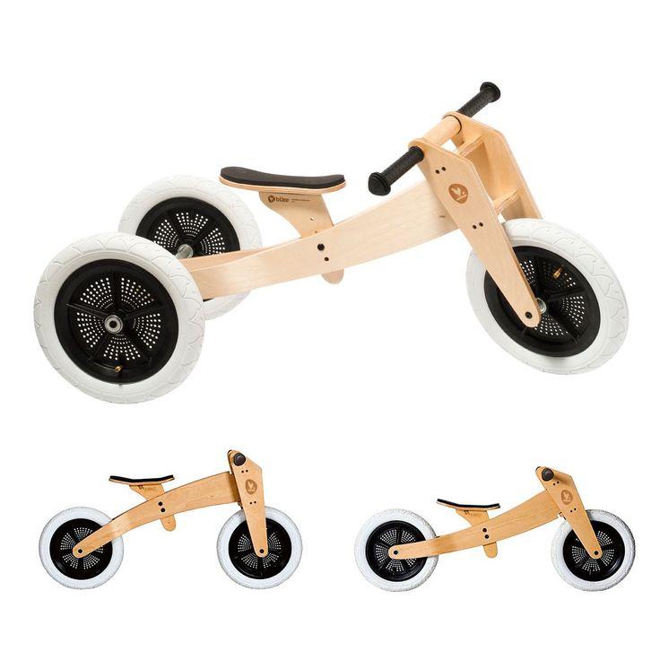 """Principe utilisé par les écoles maternelles. Ce tricycle est très stable et offre une grande liberté à votre enfant. Puis il se transforme en deux roues sans pédales afin que votre enfant prenne confiance en lui et acquiert l'équilibre, tout en poussant avec ses pieds. Astucieux : son cadre réversible permet de s'adapter à la croissance de votre enfant. Son """"plus"""", c'est une conception respectueuse de l'environnement avec des roues en plastique recyclé à 60 %, du bois issu de forêts gérées…"""