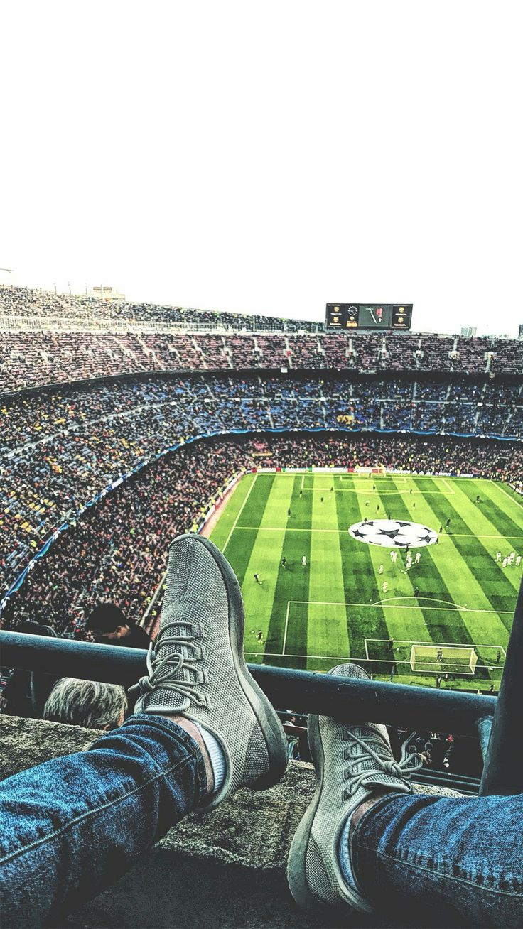 Great pic of the Camp Nou. Mindblowing