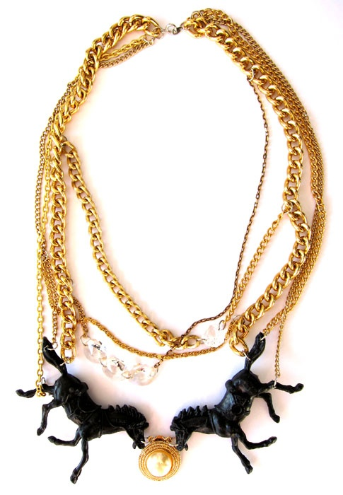 galopp, necklace from recycled material