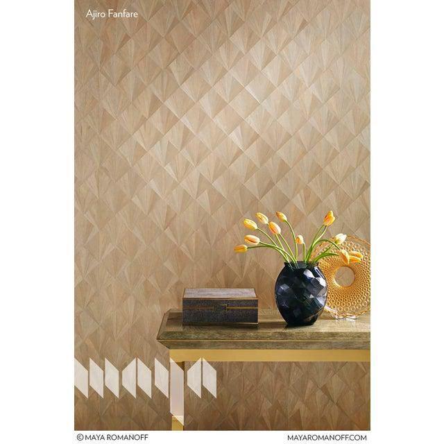 Sample Ajiro Fanfare Wood Veneer Oa Wood Veneer Wallcovering In 2020 Contemporary Wallpaper Wood Veneer Wall Coverings