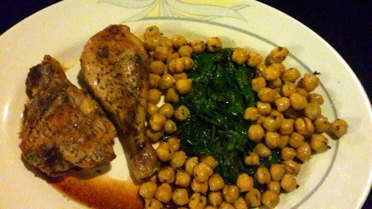 Pollo, garbanzos y espinacas