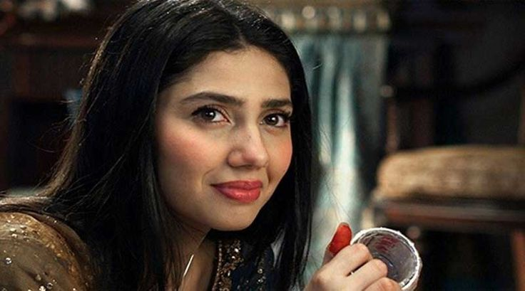 #MahiraKhan to charge 3 lac Rs for every #drama #episode  https://www.updateinsider.com/mahira-khan-to-charge-3-lac-rs-for-every-drama-episode/