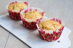 Three girls one kitchen: Gezond tussendoortje: Rabarber muffins met vanille