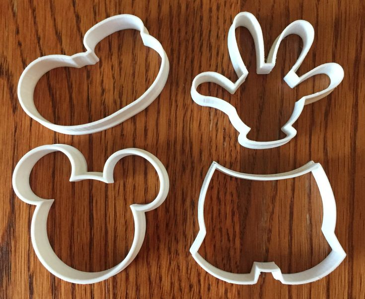Mickey Mouse four piece set of cookie and fondant cutters by ThreeDGeek on Etsy https://www.etsy.com/listing/248471825/mickey-mouse-four-piece-set-of-cookie