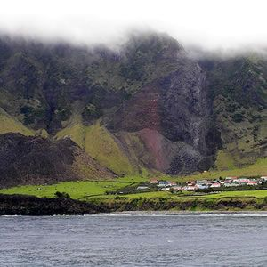 Tristan de Cunha To live on the remotest island Remote Islands