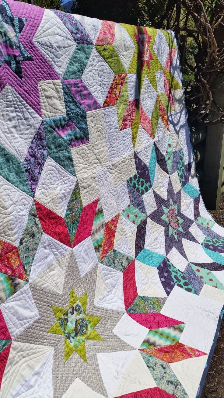 Jess from The Elven Garden's Starburst Quilt is a ... - photo#6
