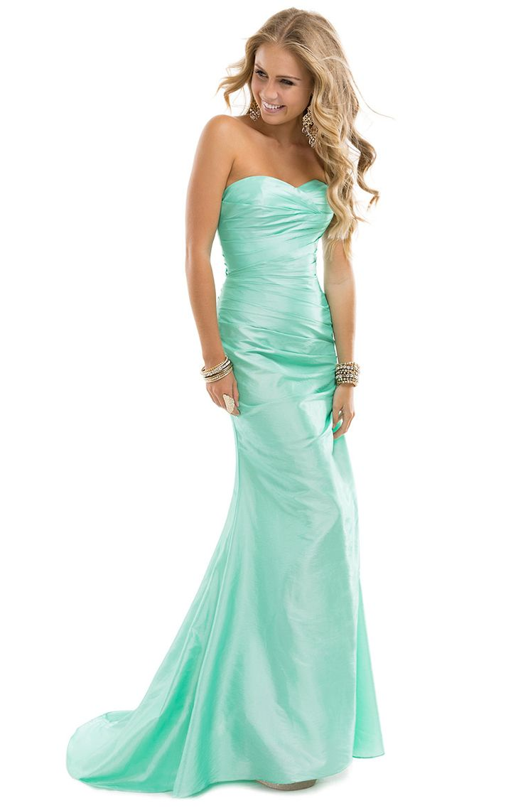 208 best dresses images on Pinterest | Ball gown, Long prom ...