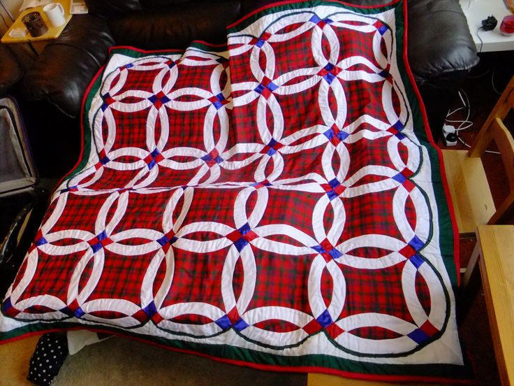 McColl Tartan Double Wedding Ring Quilt