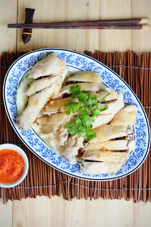 Chicken Rice recipe - Hainanese chicken rice is a dish of Chinese origin most commonly associated with Hainanese Cuisine, Malaysian Cuisine and Singapore Cuisine. It is based on the well-known Hainanese dish called Wenchang chicken. #malaysian #chicken