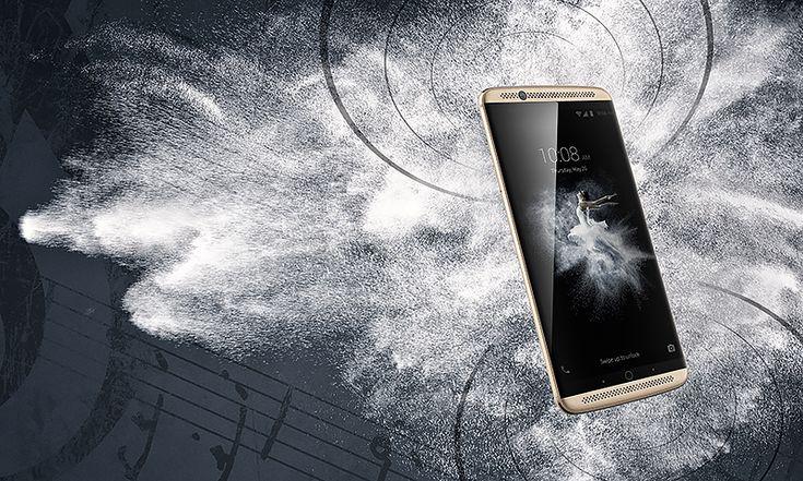 SOUND EXPLOSION: Das neue ZTE Axon 7 ist das erste Handy mit Dolby Atmos: Schnelle Prozessoren, schicke Alu-Gehäuse und gute Kameras bieten auch andere Hersteller. In puncto Sound ist das ZTE Axon 7 allerdings weit voraus. Link: http://www.bold-magazine.eu/sound-explosion/  #BMW #BMWDesign #BOLDTHEMAGAZINE #Design #Smartphone #Sound #Tec #Technik #Trend #ZTE #ZTEAxon7