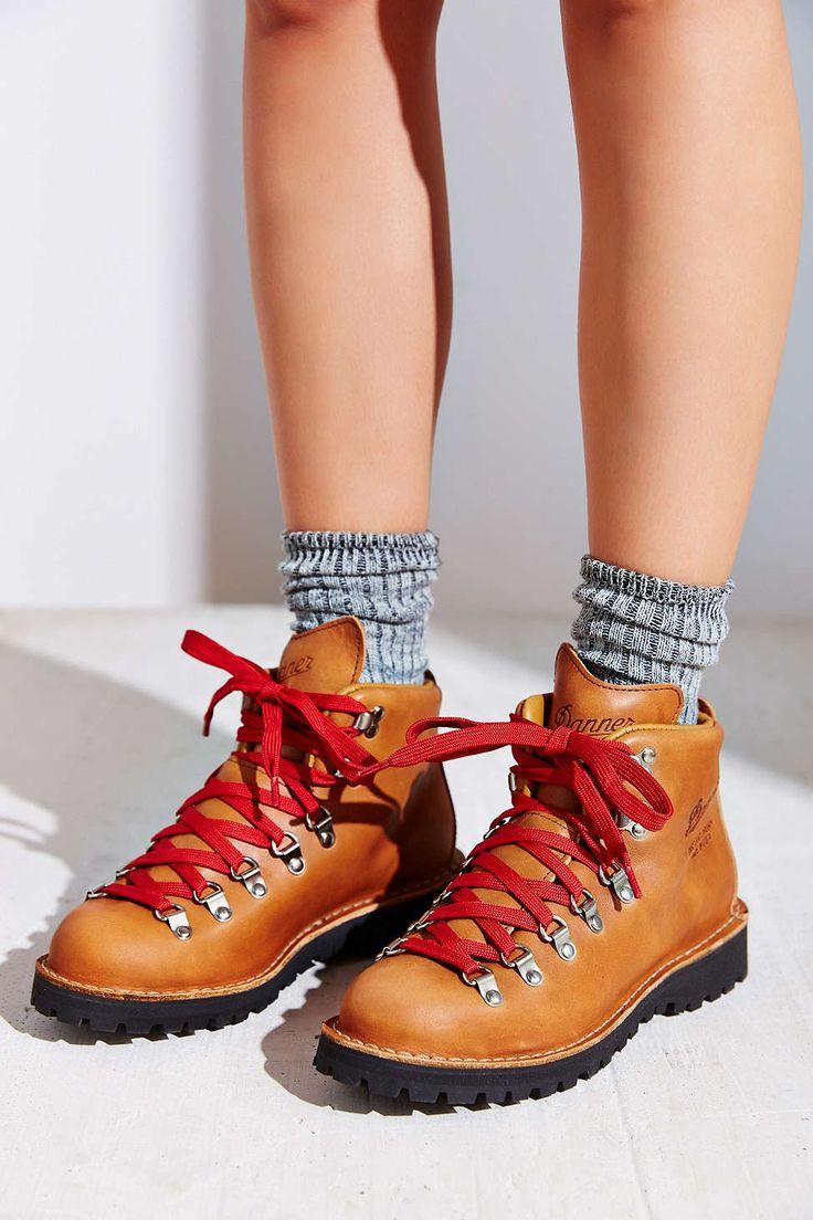 Danner Mountain Light Cascade Boot I Get Dressed