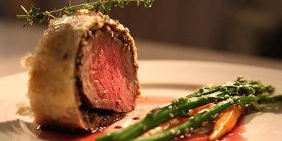 Beef Wellington with Red Wine Jus, Sesame Asparagus & Honey Carrots