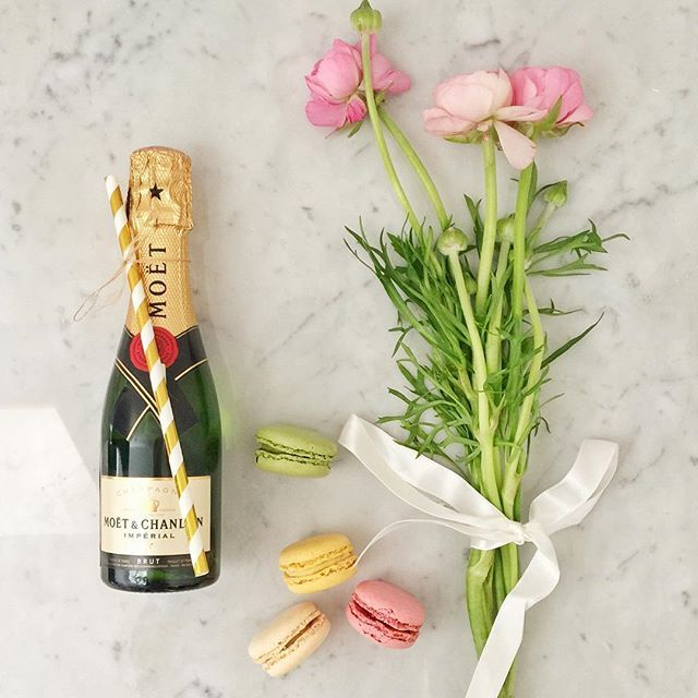 Happy International Woman's Day  Is it time for #champagne yet?  #praguepicnics #champagnelovers