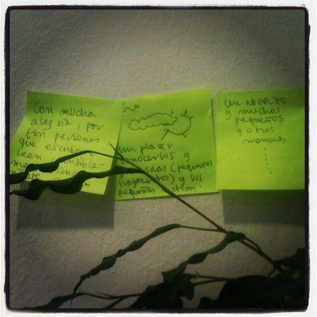 """#denkzettel von Antonio Ungar: """"Con mucha alegría, por fin personas que escriben o leen, sensiblemente, sencillamente un placer conocerlos y sus vidas (pequenos fragmentos) y sus pequenos ...un abrazo y muchos pequeños y otro menores..."""" #litmuc13"""
