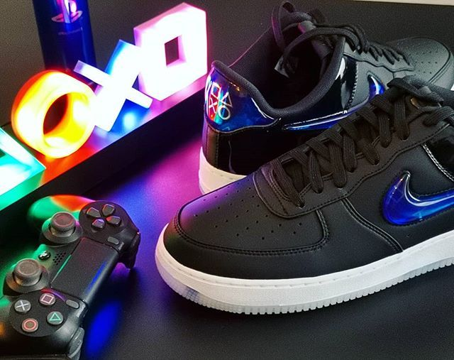 f5eb75269692 Nike Air Force 1 X PlayStation ! Simply amazing ------  PlayStation ...