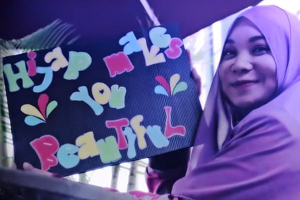 """Hijab Makes You Beautiful"": Parodi lagu One Direction versi Malaysia"