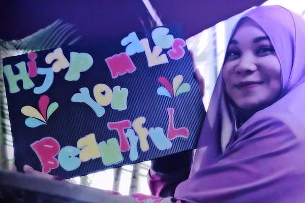 """Hijab Makes You Beautiful"": Parodi lagu One Direction versi Malaysia"