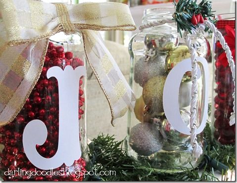 Christmas Jar Decorations - would be cute in the kitchen or dining room