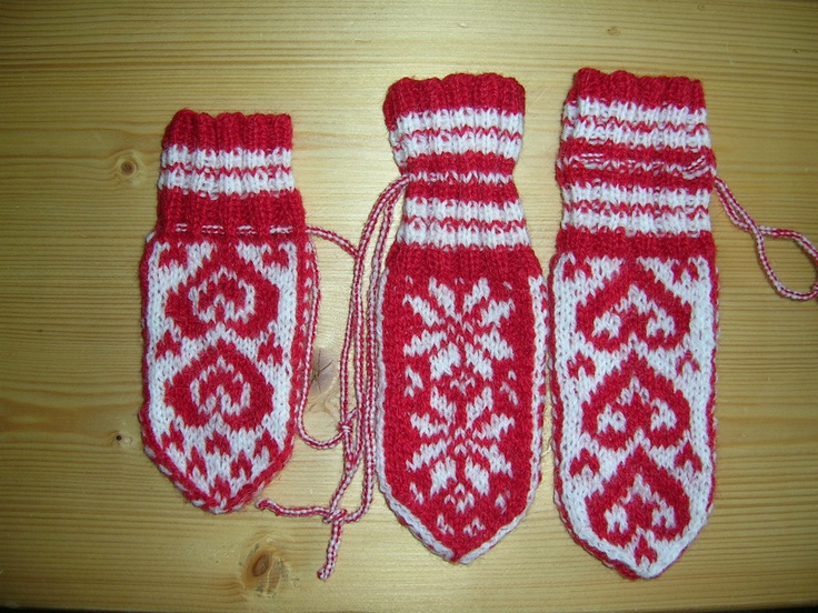 Mittens for mobile phones. Made by me.