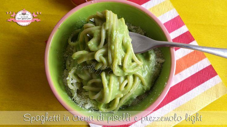 Spaghetti in crema di piselli e prezzemolo light (360 calorie) | Giovi Light