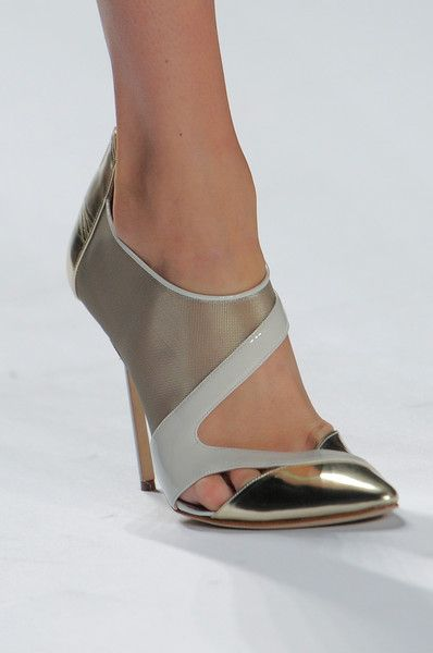 J. Mendel - New York Fashion Week Spring 2014 - Details