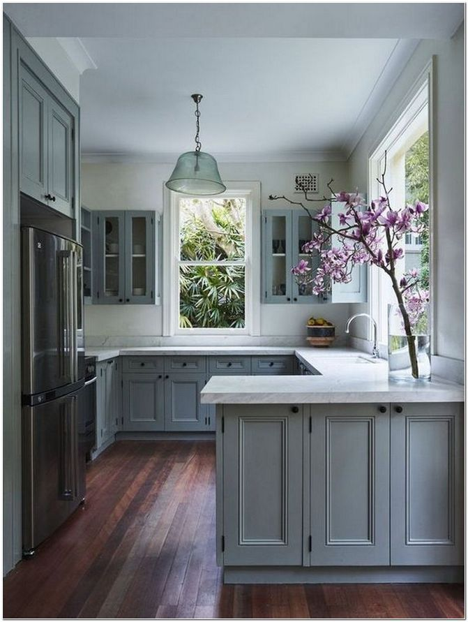 45 Choose Best Color For Small Kitchen Remodel Homeexalt In 2020 Kitchen Remodel Small Kitchen Design Small Kitchen Cabinets