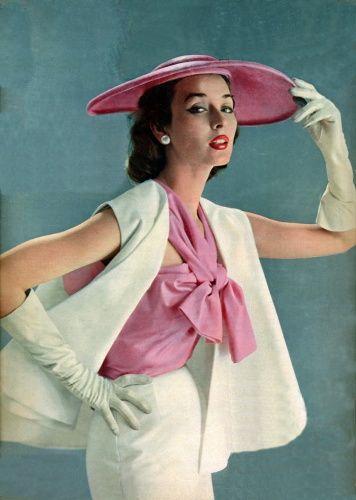 Dorian Leigh in a Spring Ensemble for Elle, 1951. #vintage #1950s #fashion