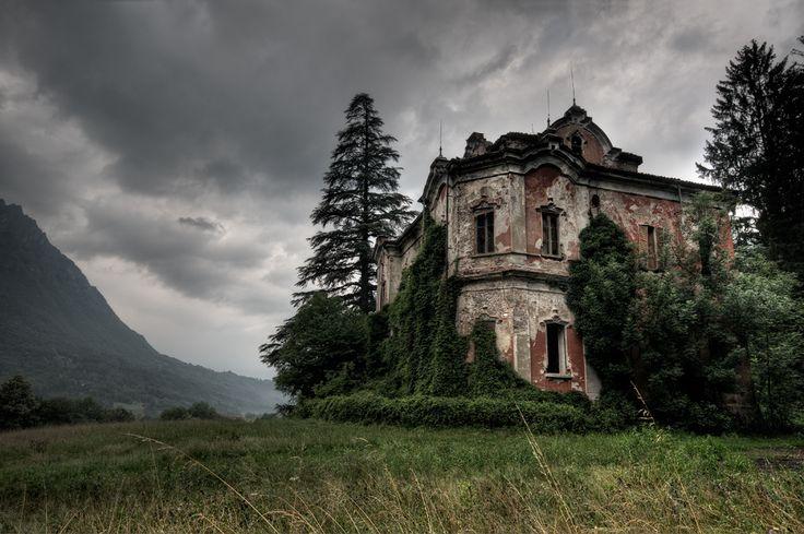 Villa V. 1