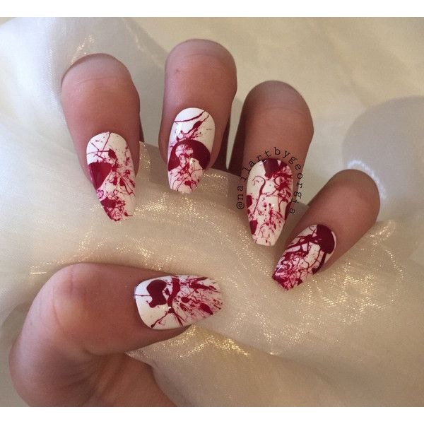 Halloween blood splatter false nails in white or nude (34 BRL) ❤ liked on Polyvore featuring beauty products, nail care, nail treatments, nails, makeup and beauty