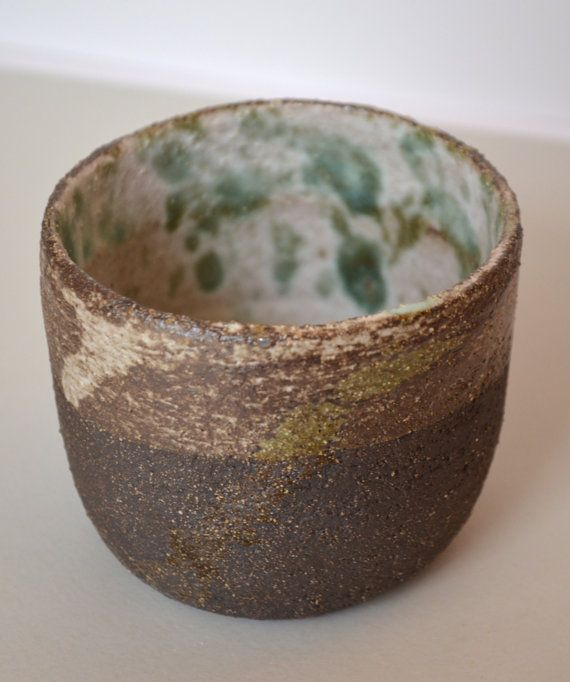 Decorative dark brown stoneware clay cup by fourblueowls on Etsy, €20.00