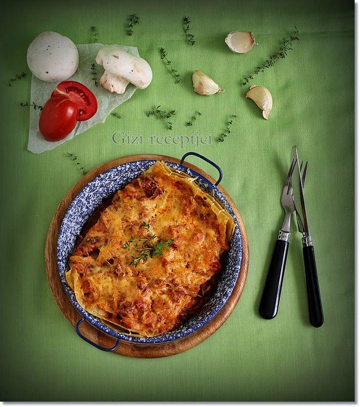 Gizi-receptjei.  Várok mindenkit.: Kolbászos-gombás-paradicsomos lasagne.
