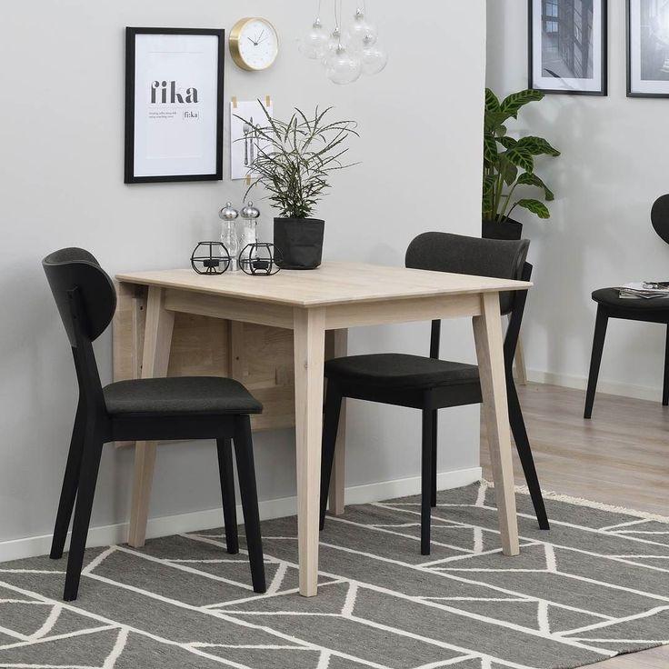 Vi har möbler till både den stora och den lilla matplatsen. Här är Filippa klaffbord med Cato stol ------------------------------------------------ Filippa and Cato a perfect match! #rowico . . . . . . #scandinaviandesign #scandinavianstyle #nordicdesign #nordicstyle #furniture #möbler #matbord #diningtable #interior123 #finahem #heminredning #inredning #interiorandliving #interior2u #interior4all #interior #scandinavianliving #interiorwarrior #finehjem #inredningsinspiration