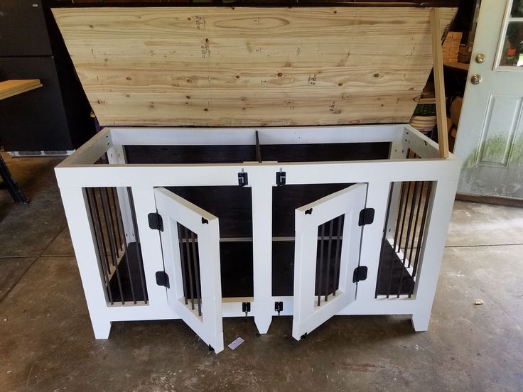 Indoor Fancy Pet Kennel - DIY Projects