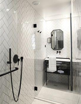 Foto: Hotel C.O.Q. Parijs Grafisch Badkamerdossier – alles voor de moderne badkamer - Residence