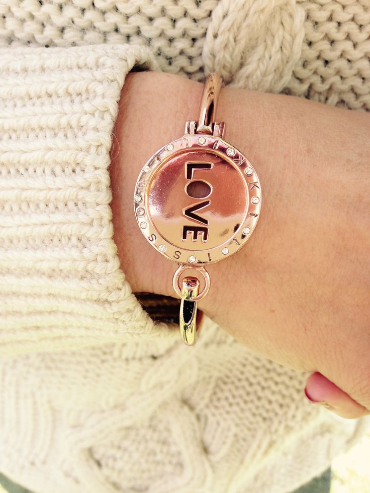 Wear your favourite Nikki Lissoni coins in a bangle as well as your necklace & mix up your look! Photo by Fabulous - shop the look online.
