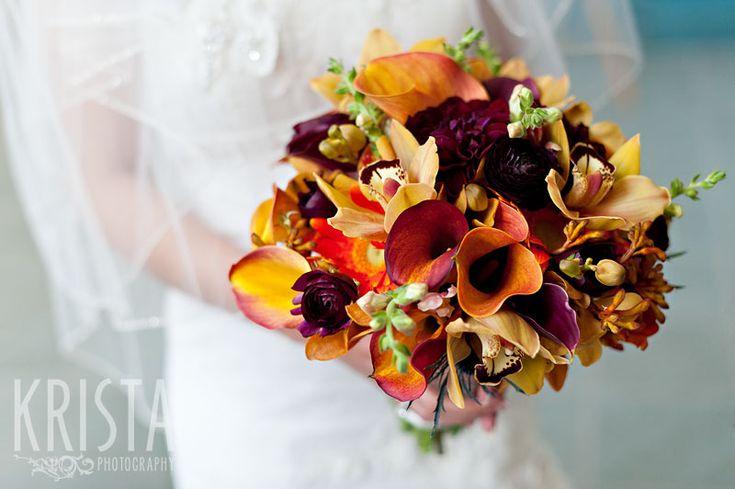 Fall 2012 wedding flowers trend: Purple and Orange. @Michele Morales Lauren @Dani Diamond